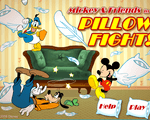 Игра Битва подушками (Mickey And Friends In Pillow Fight)